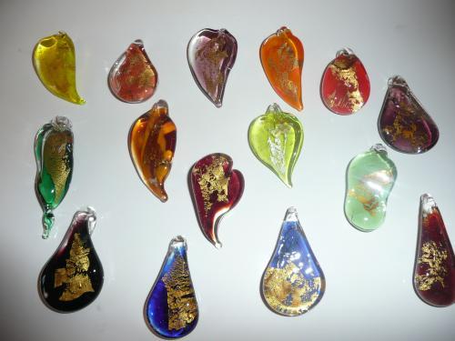 Pendentifs avec feuilles d'or ou Argent