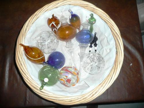 Boules de Noël divers, décorations  personnalisables, gravure à votre nom. Prix boules